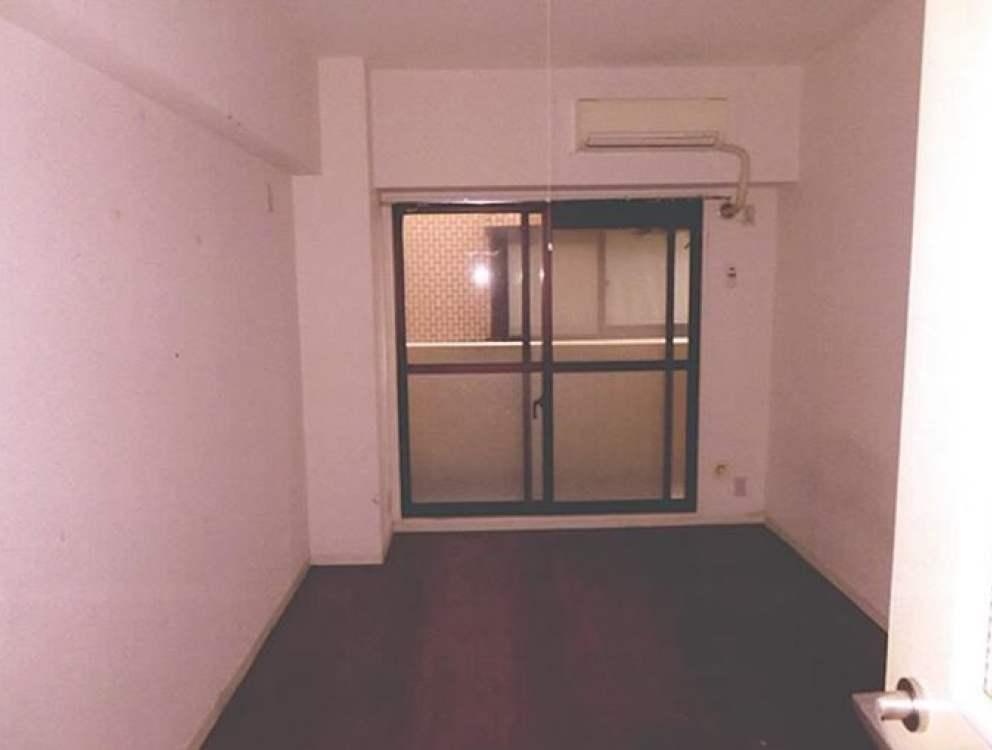 横浜平沼ダイカンプラザ2号館の室内