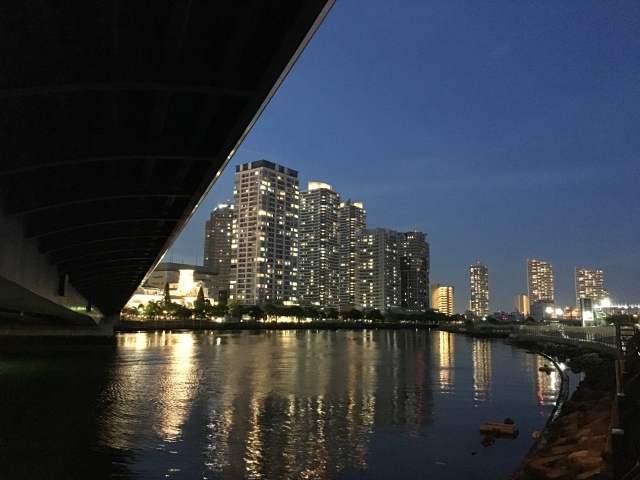 横浜ポートサイド地区の夜景
