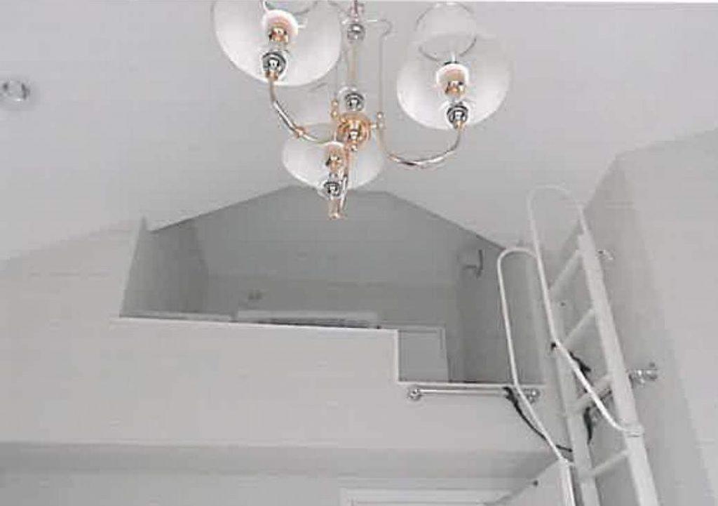 白楽の戸建の室内