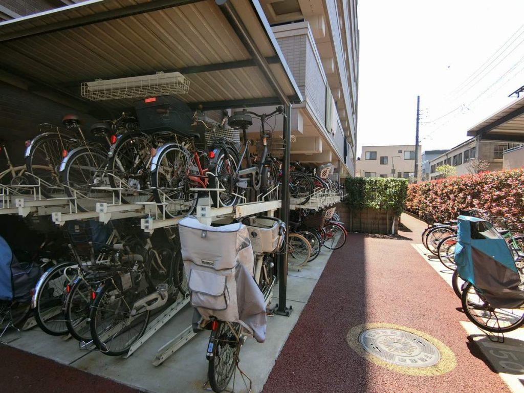 ナイスブライトピア多摩川の駐輪場