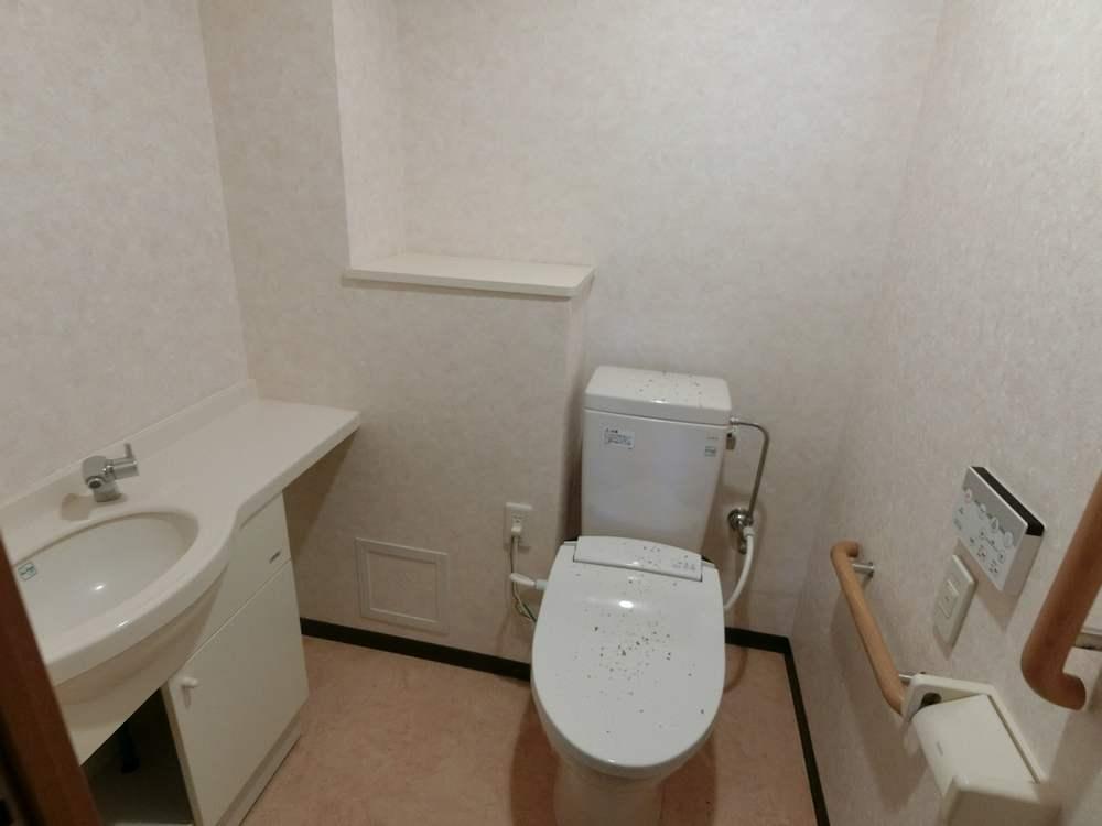 UR新川・島屋敷通りのトイレ