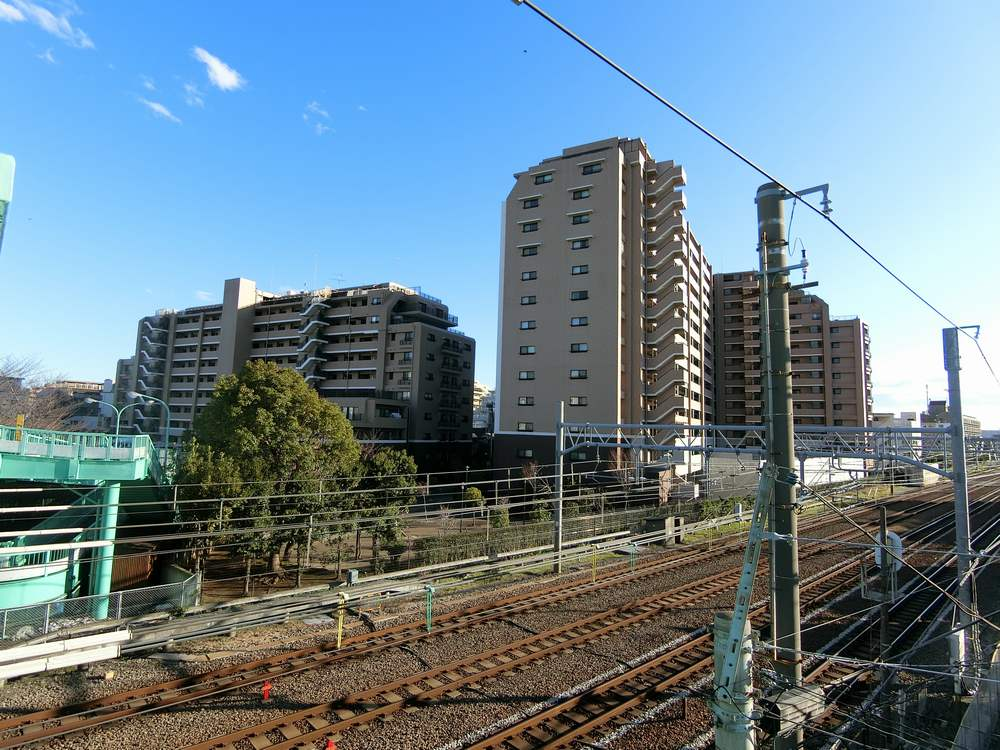 蒲田駅近くの跨線橋