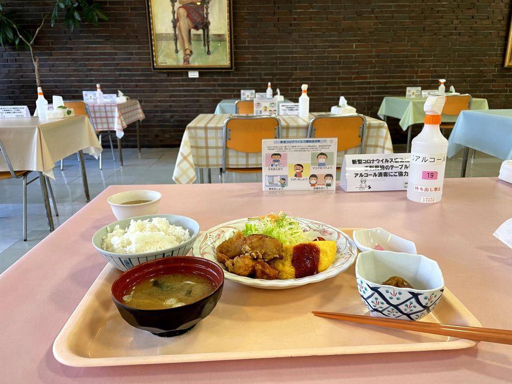 大和市役所の食堂