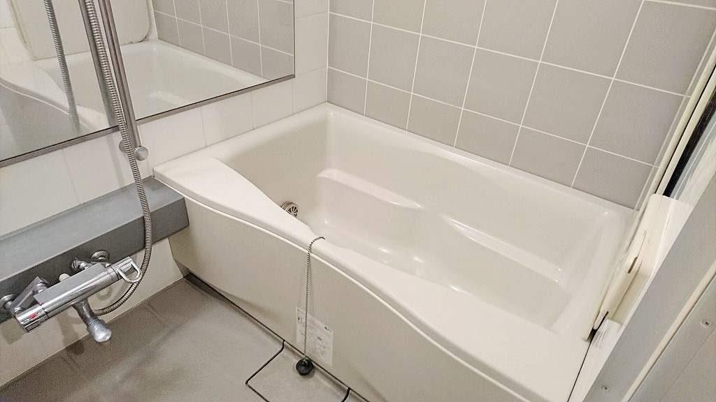 ピアース自由が丘の浴室