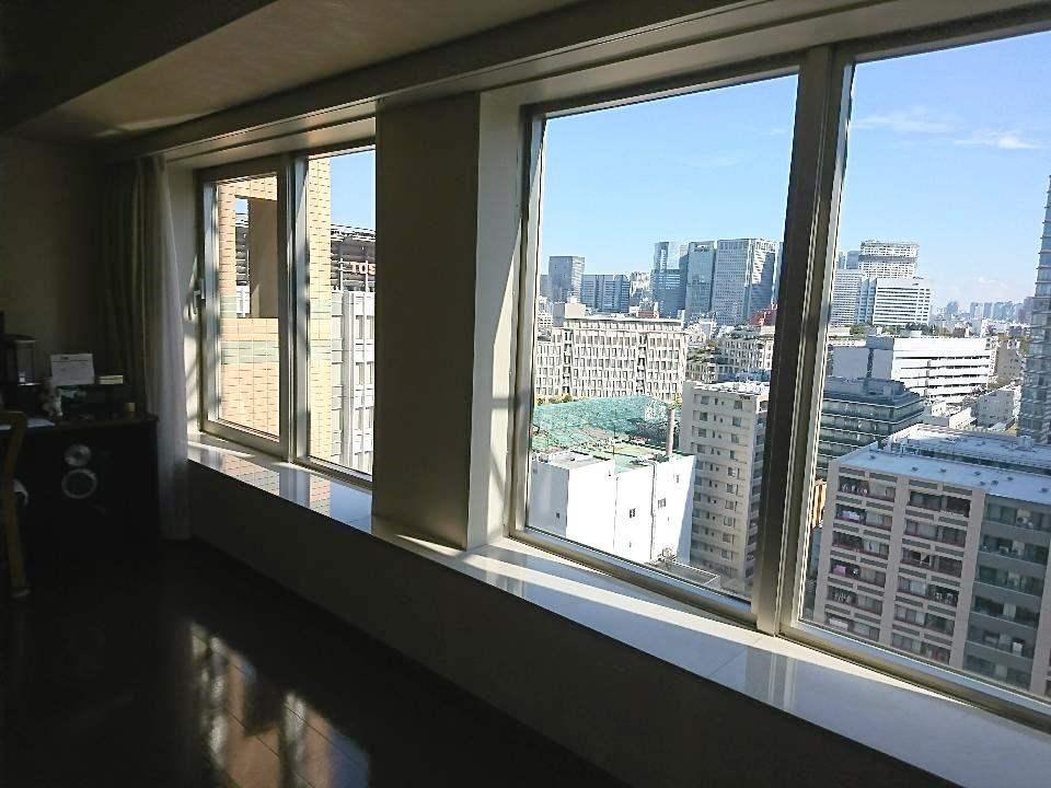 ザ・パークタワー東京サウス(リビングからの眺望)